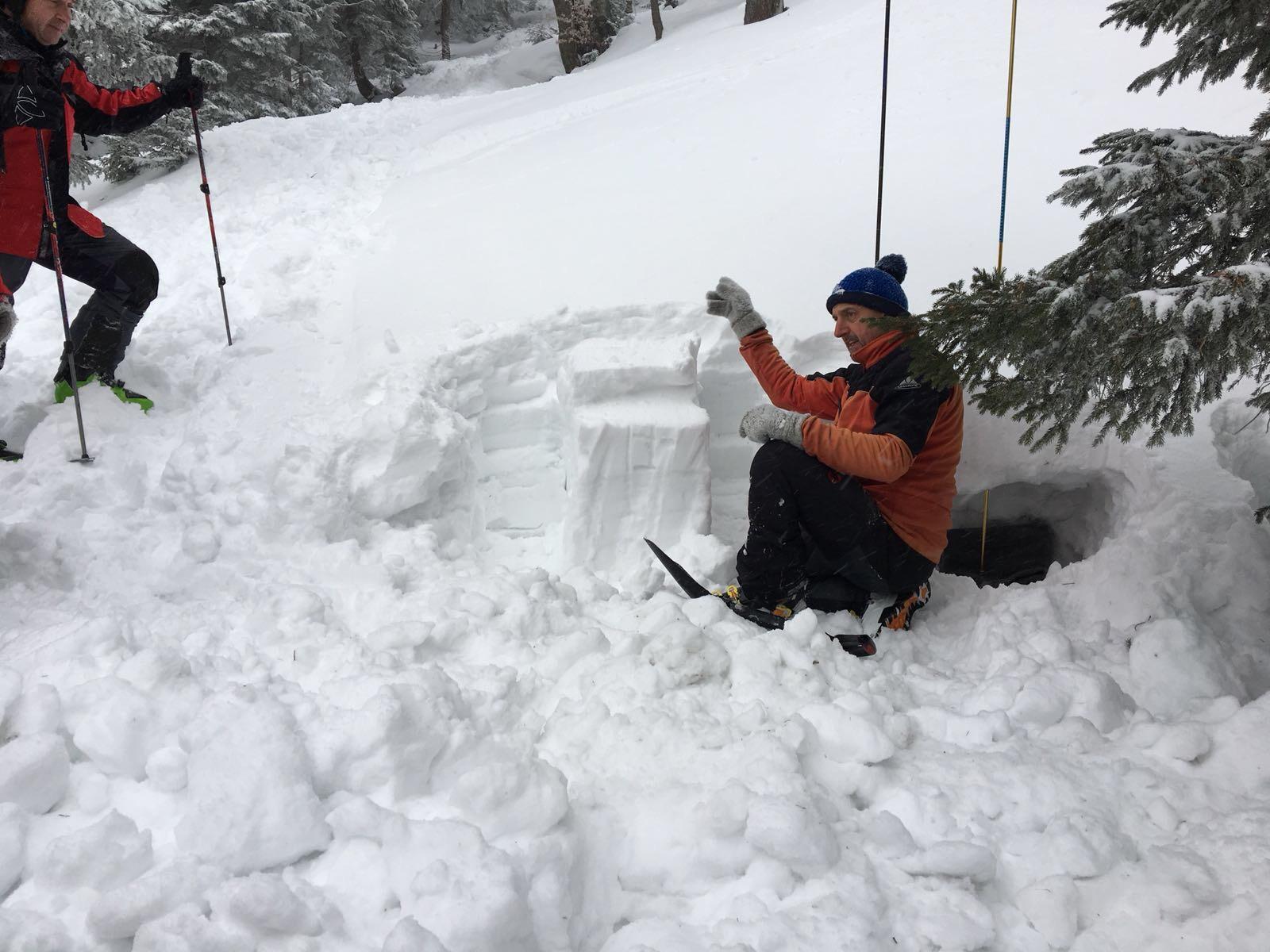 Basisinfos zum Thema Schneeprofil