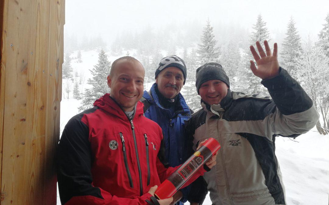 Zwei gerettete Bergsteiger bedankten sich persönlich beim Team